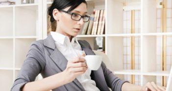 Hai bài tập giúp dân văn phòng ngừa bệnh trĩ hiệu quả