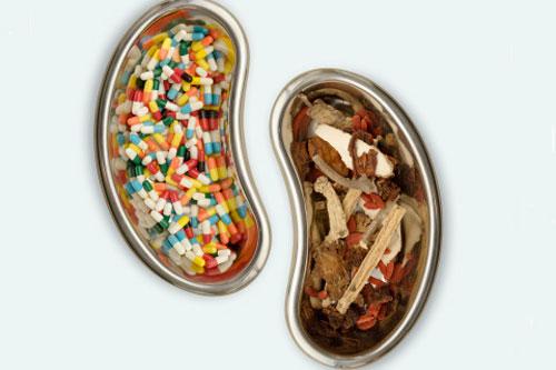 Khi lớp niêm mạc bị ăn mòn do dịch tiêu hóa có tính acid sẽ gây ra những vết loét.